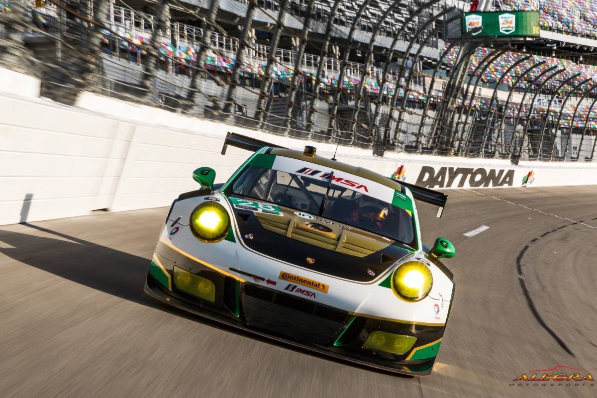 Head on with the Porsche 911 GT3 R
