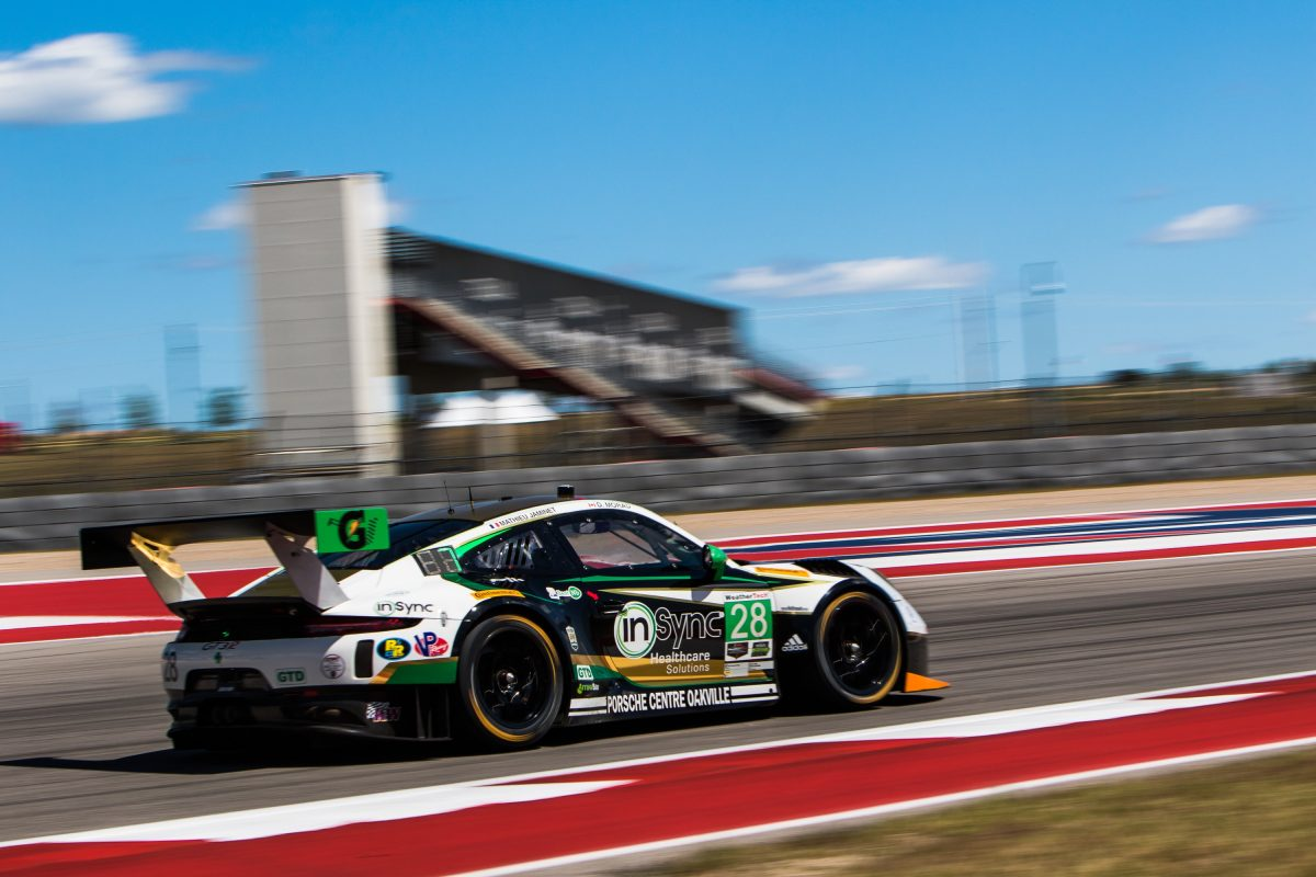 The No. 28 GT3 R at CoTA
